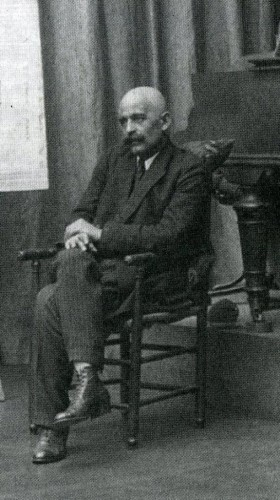 1922- Movimientos